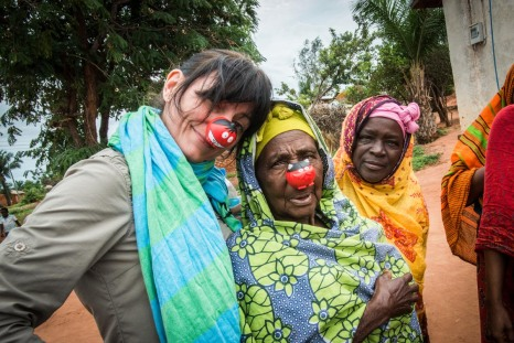 Davina McCall and members of the Kanyabeza womens's group.